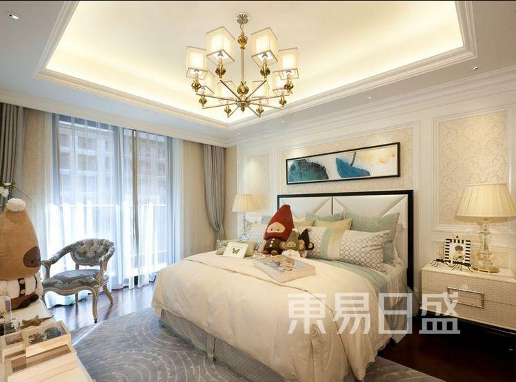 畔山御景欧式新古典风格卧室装修效果图