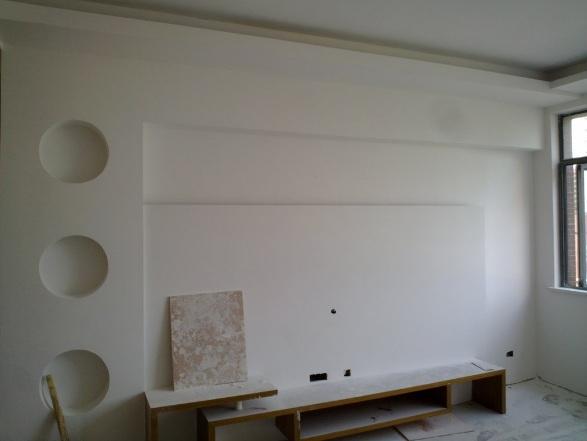 石膏粉补墙
