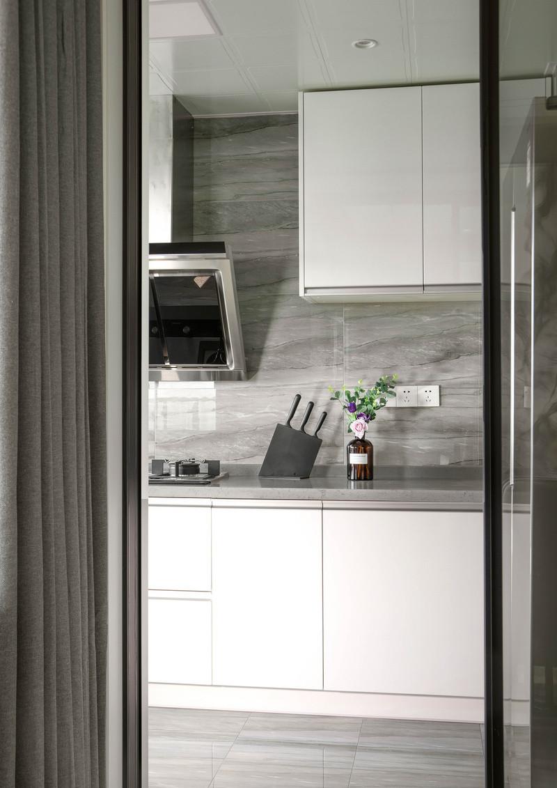 开放式厨房装修||厨房油烟怎么清理|油烟问题