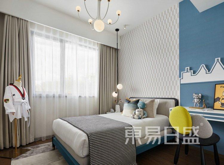 江杨家园140平高级现代灰三居室装修设计案例——次卧