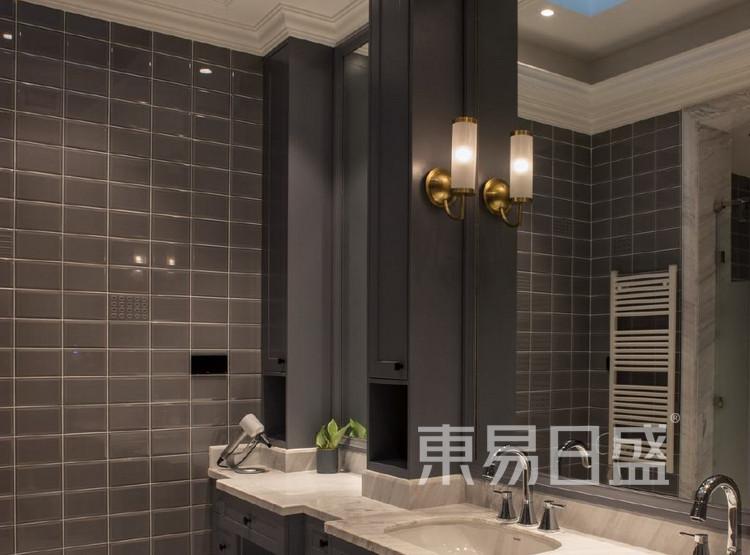 江杨家园200平三居室是美式风格装修设计案例——卫生间